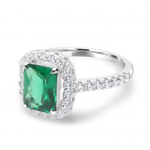 emeralds engagement rings